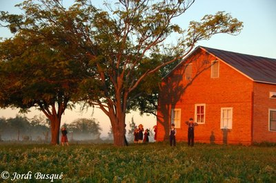 Old_colony_mennonite_school_sunrise