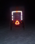 Amish_buggy_at_night