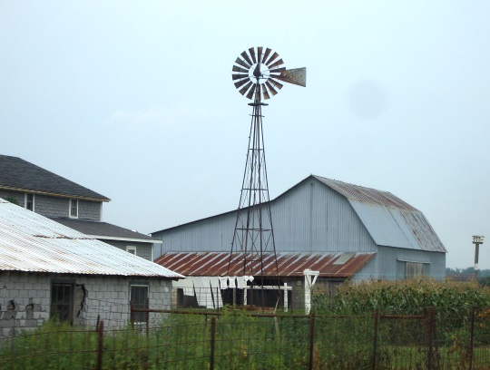 adams-county-amish-farm-windmill