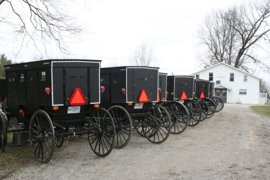 "Indiana Amish Leaders Meet, Will Continue Church; Bishop: ""Don't let fear rule you"""