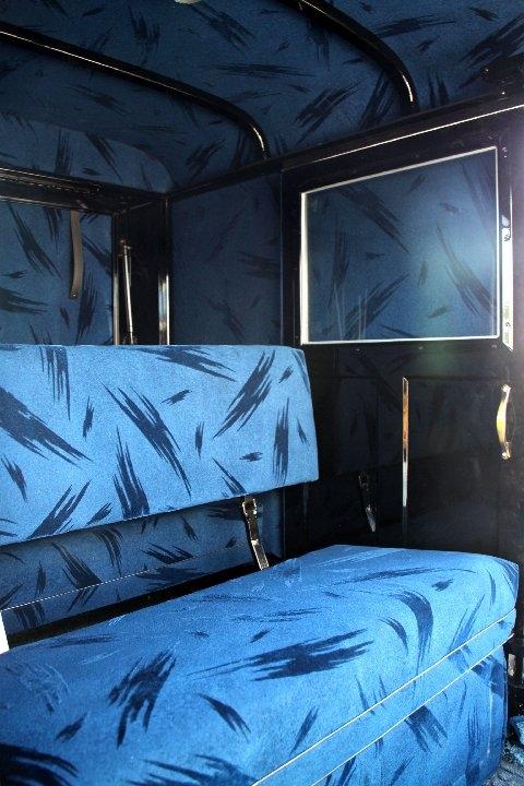 amish-buggy-blue-interior