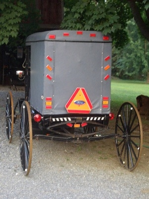 amish-buggy-ford-decal