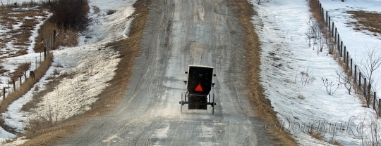amish-buggy-iowa-winter