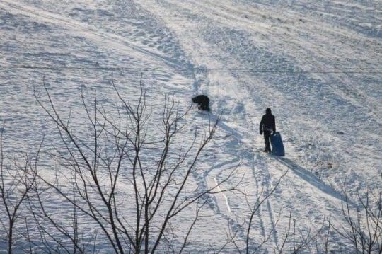 amish-children-sledding-ohio