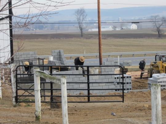 Amish Construction Crew