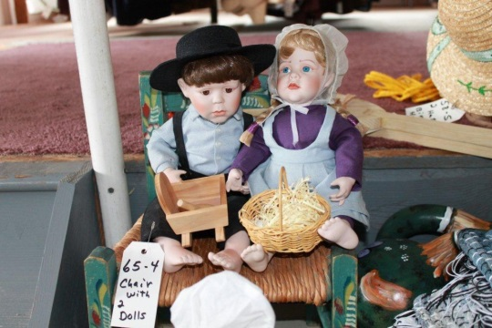 amish-dolls-with-faces