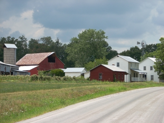 Amish Farm TN