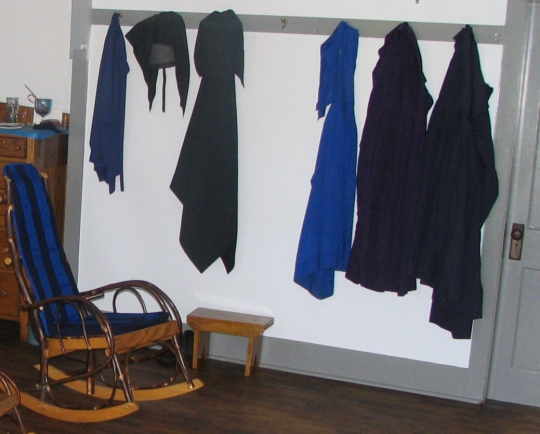 amish hanging clothing