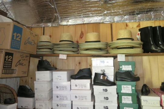 Amish Hats Shoe Store