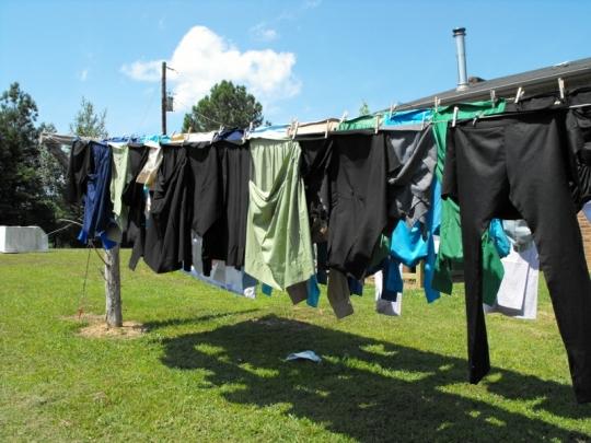 Amish Laundry Line TN