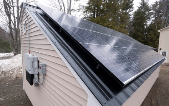 amish-made-solar-shed-roof