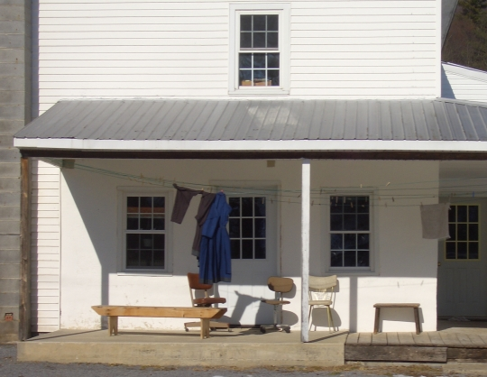 amish pa front porch