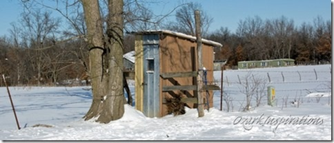 amish-phone-shanty-canton-missouri