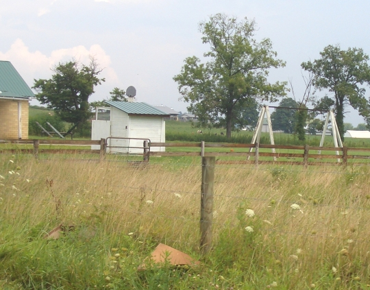 amish school yard holmes ohio