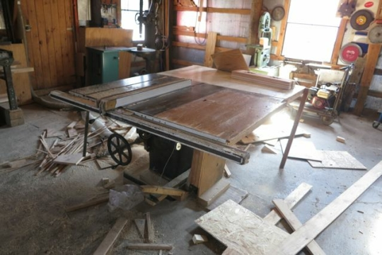 Amish Table Saw