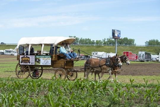 announcers-wagon-horse-progress-days