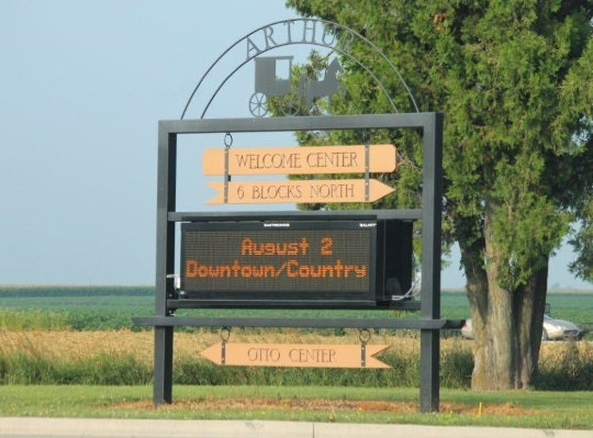 arthur-illinois-town-sign