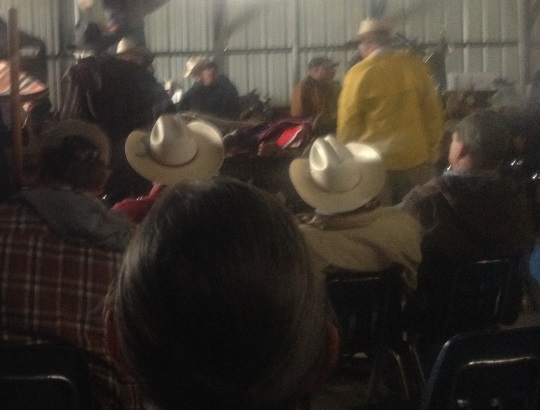 auction-crowd-beeville