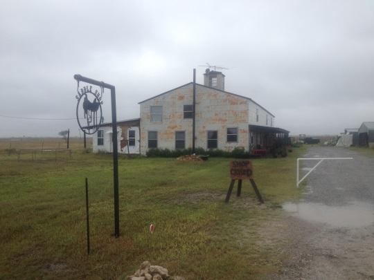 beeville-amish-saddle-shop