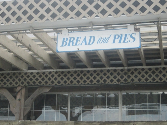 blue-gate-bakery-pies