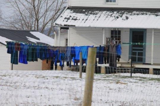 blue-laundry-line
