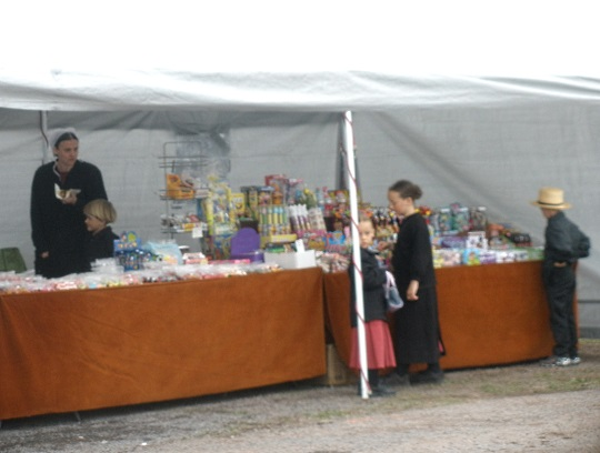 children-at-candy-stand