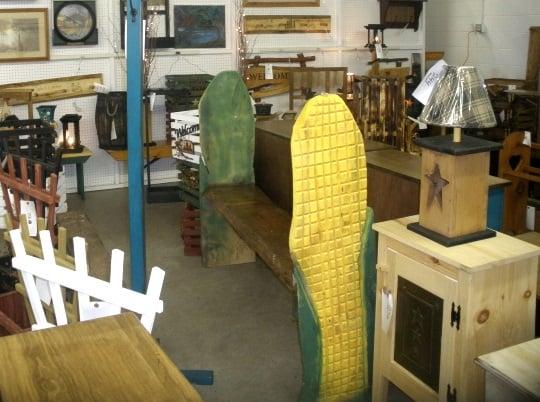 corn-cob-bench