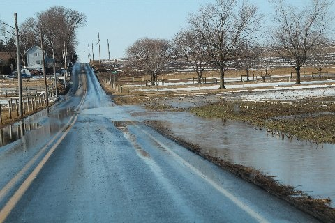 flooding-on-roadway