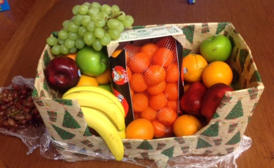 fruit-basket-xmas-gift