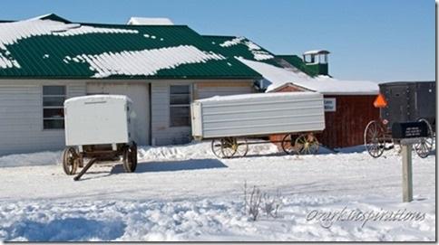 funeral-church-wagons-amish-missouri