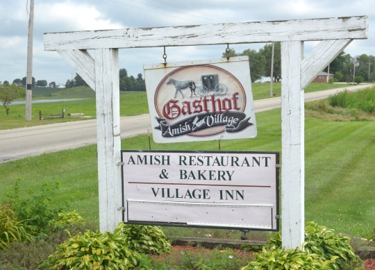 gasthof-amish-village-restaurant-sign