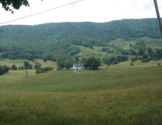 home-in-burkes-garden-valley-va