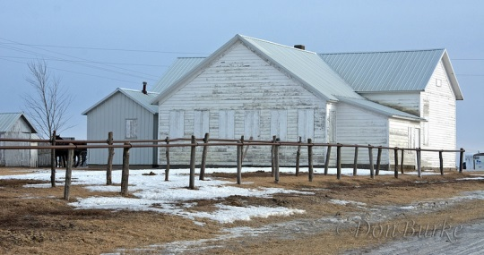 kalona-amish-meetinghouse