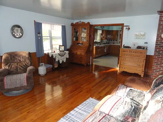 Look Inside A Kentucky Amish Home (20 Photos)