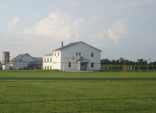 large-amish-school