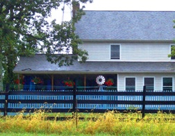 maryland amish house blue fence