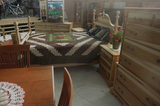 Mennonite Furniture Bed
