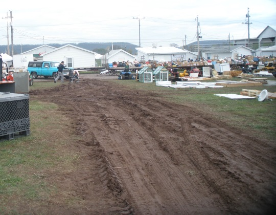 muddy-tracks-gratz-pa-auction