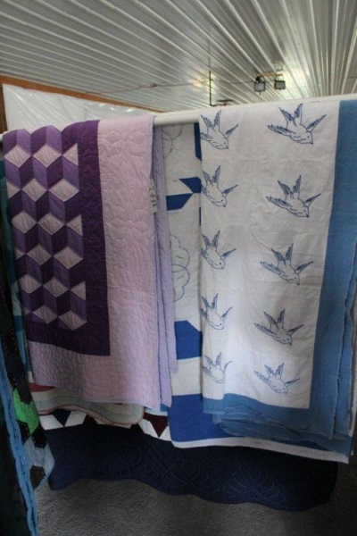 old-style-amish-quilts