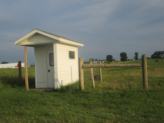 phone-shanty-lagrange-amish