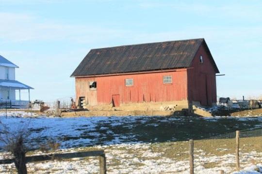red-building-swartzentruber-farm
