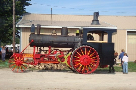 The Amish & Steam Engines (9 Photos)