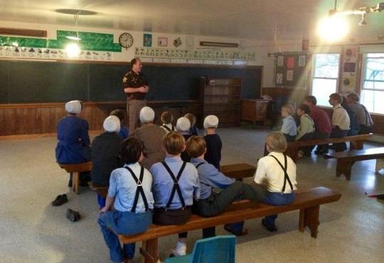 sheriff-amish-school-visit