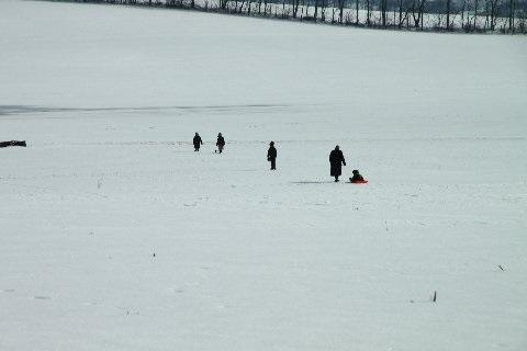 sledding-family