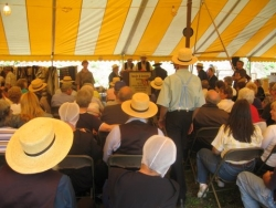 Mose Smucker on being Amish in public