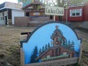Sugarcreek Cuckoo Clock