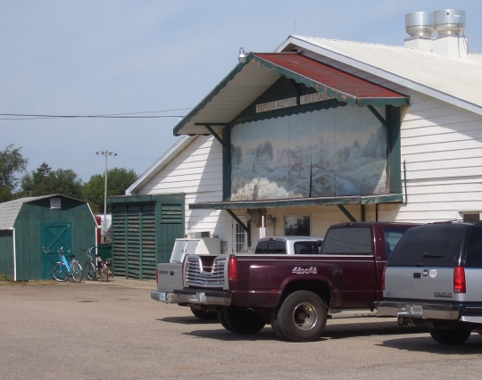 topeka auction restaurant