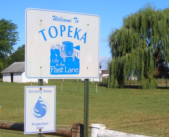 topeka-indiana-welcome-sign