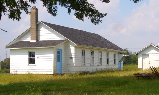 western-pa-amish-schoolhouse