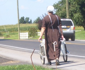 woman-pushing-cart